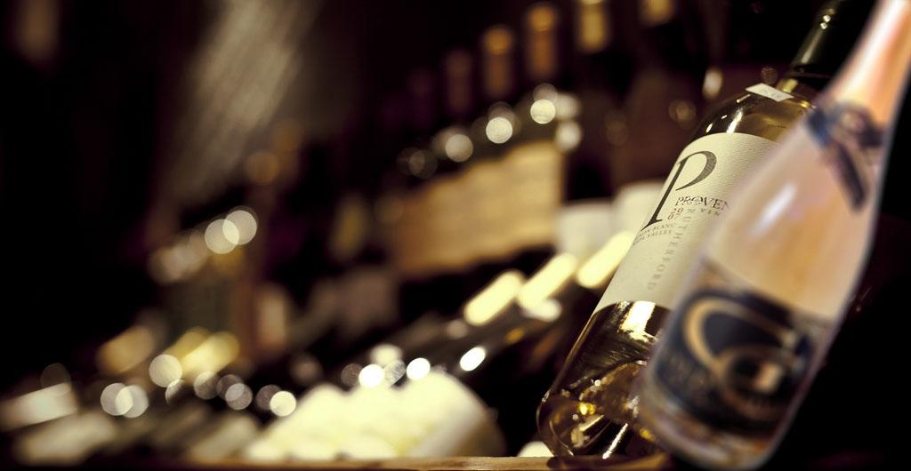 Degustácia vína sektov